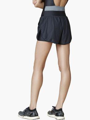 shorts_em_tela_camuflado_preto_231