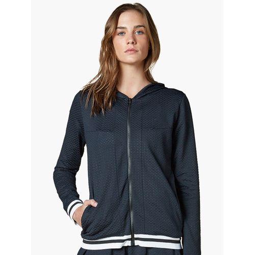 casaco_de_tela_com_capuz_lifestyle_318