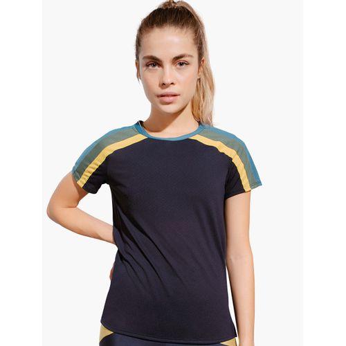 camiseta-com-recortes-955